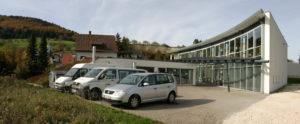 Gebäude Parkplatz